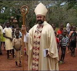 Monseñor Aguirre, en su diócesis de Bangassou