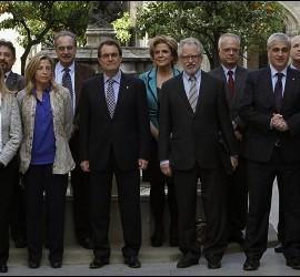 Artur Mas con los miembros del Consejo de Transición Nacional de Cataluña, 11 abril 2013.