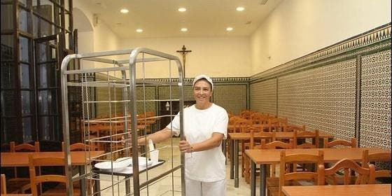 Sevilla subvenciona con euros el comedor social de - Comedor social de triana ...