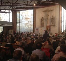 Multitudinaria conferencia de José Antonio Pagola