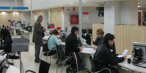 El paro baj en personas en c lm en el tercer for Oficina virtual de castilla la mancha