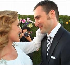 Carlota Corredera, directora del 'Deluxe', casándose con el cámara de 'Sálvame', Carlos de la Maza.