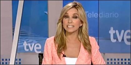 Marta Jamandreu, telediario de la noche de LA 1 de TVE.