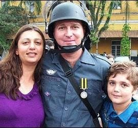 El niño con los padres