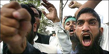 Islam y manifestantes musulmanes.