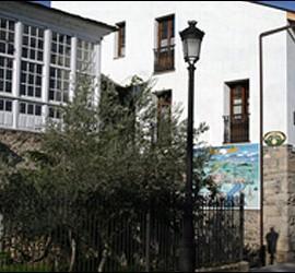 La Casa del Reloj, en Molinaseca, a mitad del Camino de Santiago.
