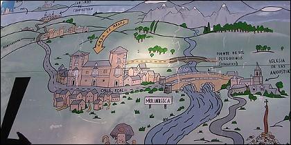 El cartel de 'La Casa del Reloj', en Molinaseca, a mitad del Camino de Santiago.