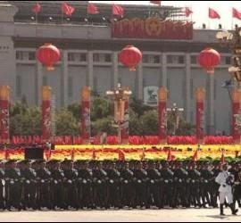 Los turistas chinos no deben meterse el dedo en la nariz for Piscina follando