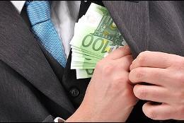 Corrupción, soborno, chantaje y despilfarro.