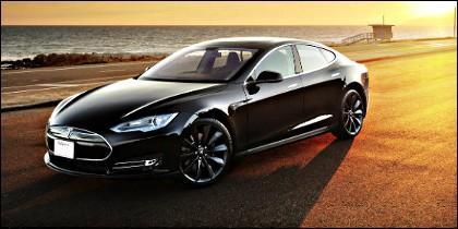 Un coche eléctrico Tesla Model S.