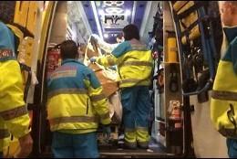 El domador del Gotanni en la ambulancia tras el ataque del tigre