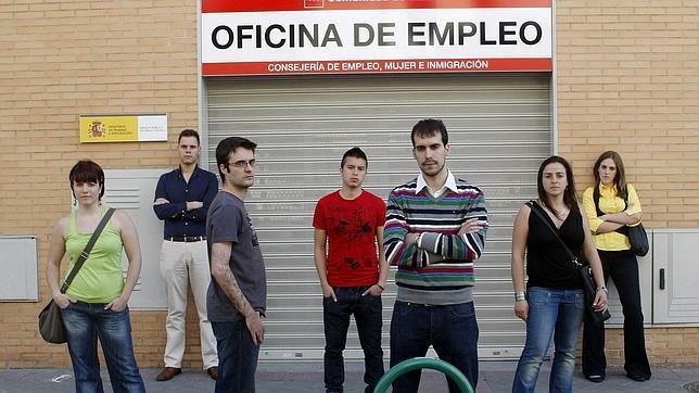 Ni o becerra el joven medio est dispuesto a soportar aguantar y asumir porque no hay nada - Oficina empleo barcelona ...
