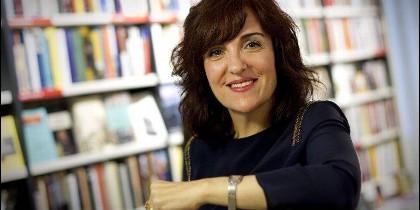 Elvira Lindo.
