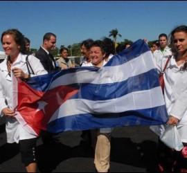 Médicos, enfermeras y ccoperantes cubanos en Venezuela.
