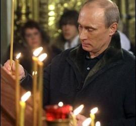 El presidente ruso Putin, en una misa por Navidad