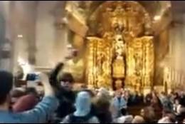 Proabortistas en la iglesia de San Miguel de Palma