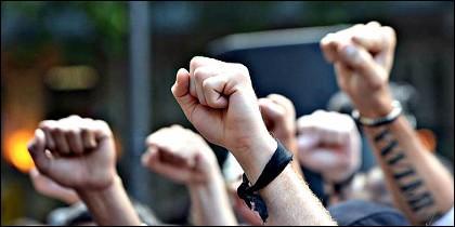 Manifestación y manifestantes.