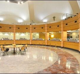 El vaticano suscribe un acuerdo financiero con estados for Oficinas de banco financiero