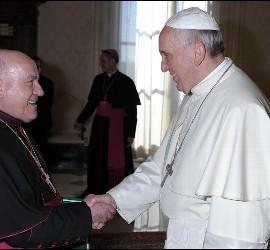 Jiménez Zamora saluda al Papa