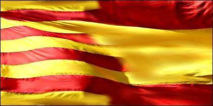 Banderas, Cataluña y España.