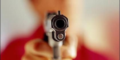 Pistola, asesinato