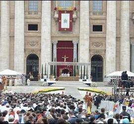 Los tapices de la canonización