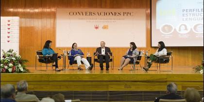 Tertulia de periodistas en las Conversaciones PPC