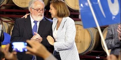 María Dolores de Cospedal con el candidato europeo Miguel Arias Cañete..