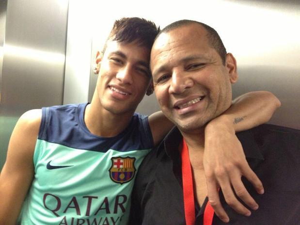 El FC Barcelona delega en el papa de Neymar todo su marketing en Brasil