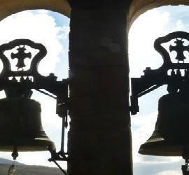 Campanas de la iglesia de Arrieta, inmatriculada por la Iglesia en 2003
