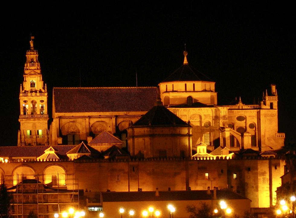 C rdoba celebra los 775 a os de la conversi n de la - Mezquita de cordoba de noche ...