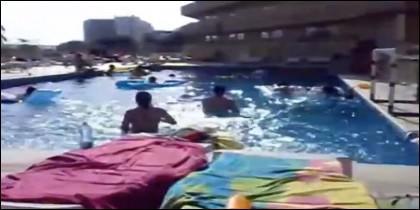 Así estaba la piscina en Ibiza