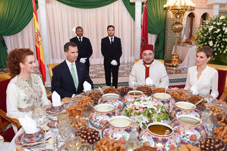 El Rey Felipe Vi Y La Reina Letizia Recibidos Con Todos Los Honores En Marruecos Ocio Y
