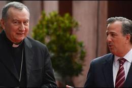 Pietro Parolin, con Peña Nieto