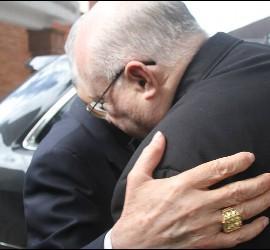 Livieres despide al cardenal Santos Abril