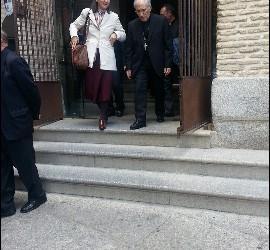 Antonio María Rouco Varela y otros eclesiásticos, tras disfrutar de un tour con la empresa Evocarte