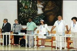 Delegación de víctimas colombianas en Cuba