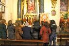 Mujeres en la parroquia de Santa Águeda