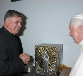 Benedicto XVI y Juan Solana
