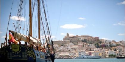 La goleta de Cutty Sark en Ibiza.