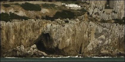 Las cuevas de Gorham