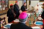 El grupo de 9 cardenales, con el Papa