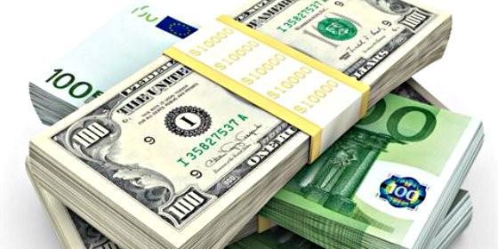 Dólar y euro.