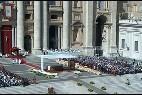 Misa del Papa, con los ancianos