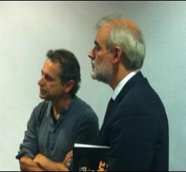 Andrea Riccardi habla con Julio Martínez y con Elías López
