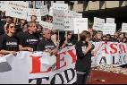 Actores protestando contra la 'Ley Lasalle'.