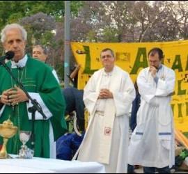 Cardenal Poli contra la trata de personas
