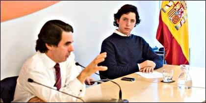 Gómez Iglesias con Aznar, en un acto de FAES.