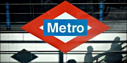El logotipo del Metro de Madrid.