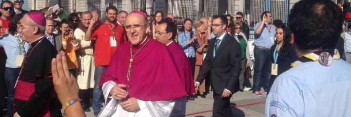 Carlos Osoro, a su entrada en la catedral